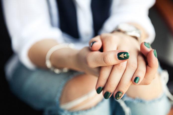 Szukasz sprawdzonego salonu manicure w Łodzi? Sprawdź, zanim zadzwonisz do przyjaciółki