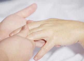 Odżywka do paznokci micro cell – zadbaj o dłonie