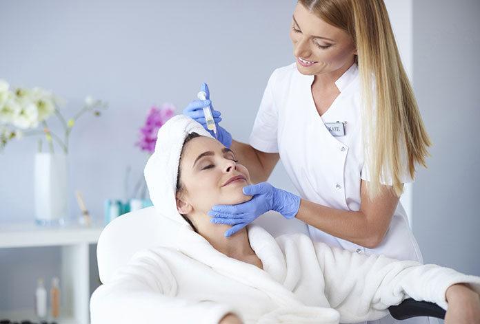 Peelingi w salonie kosmetycznym