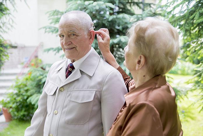 Implanty słuchowe