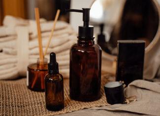 Jakie kosmetyki stosować przy łojotokowym zapaleniu skóry